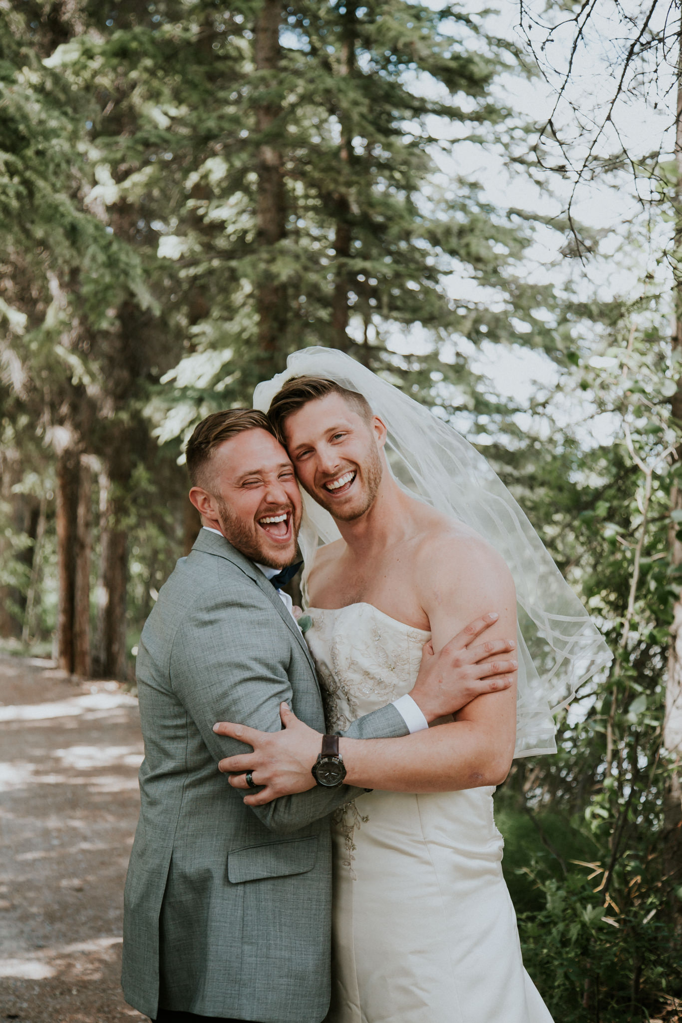 first-look-needs-to-be-crashed-by-your-best-man-in-a-wedding-dress-8