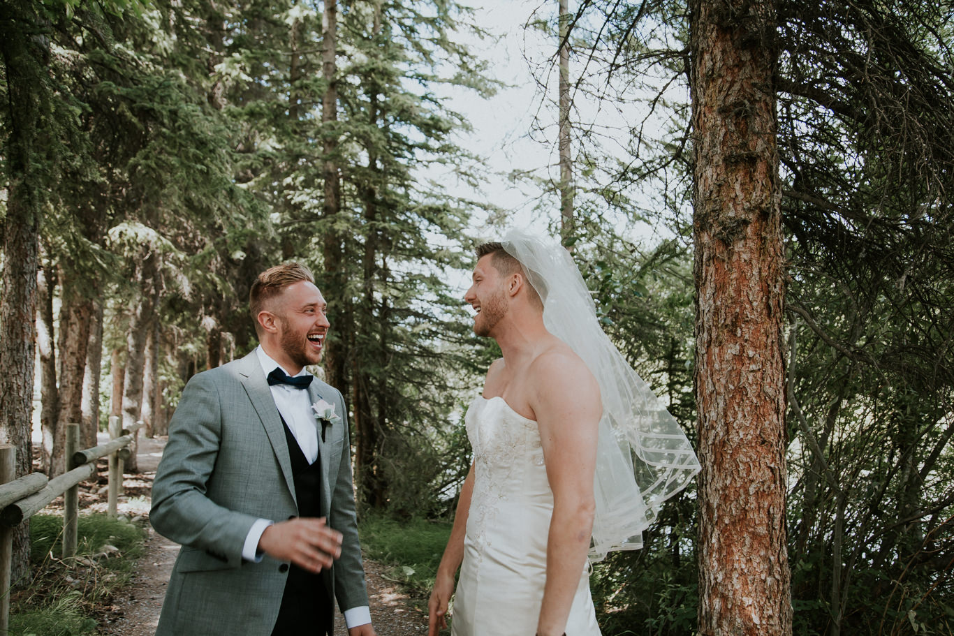 first-look-needs-to-be-crashed-by-your-best-man-in-a-wedding-dress-9