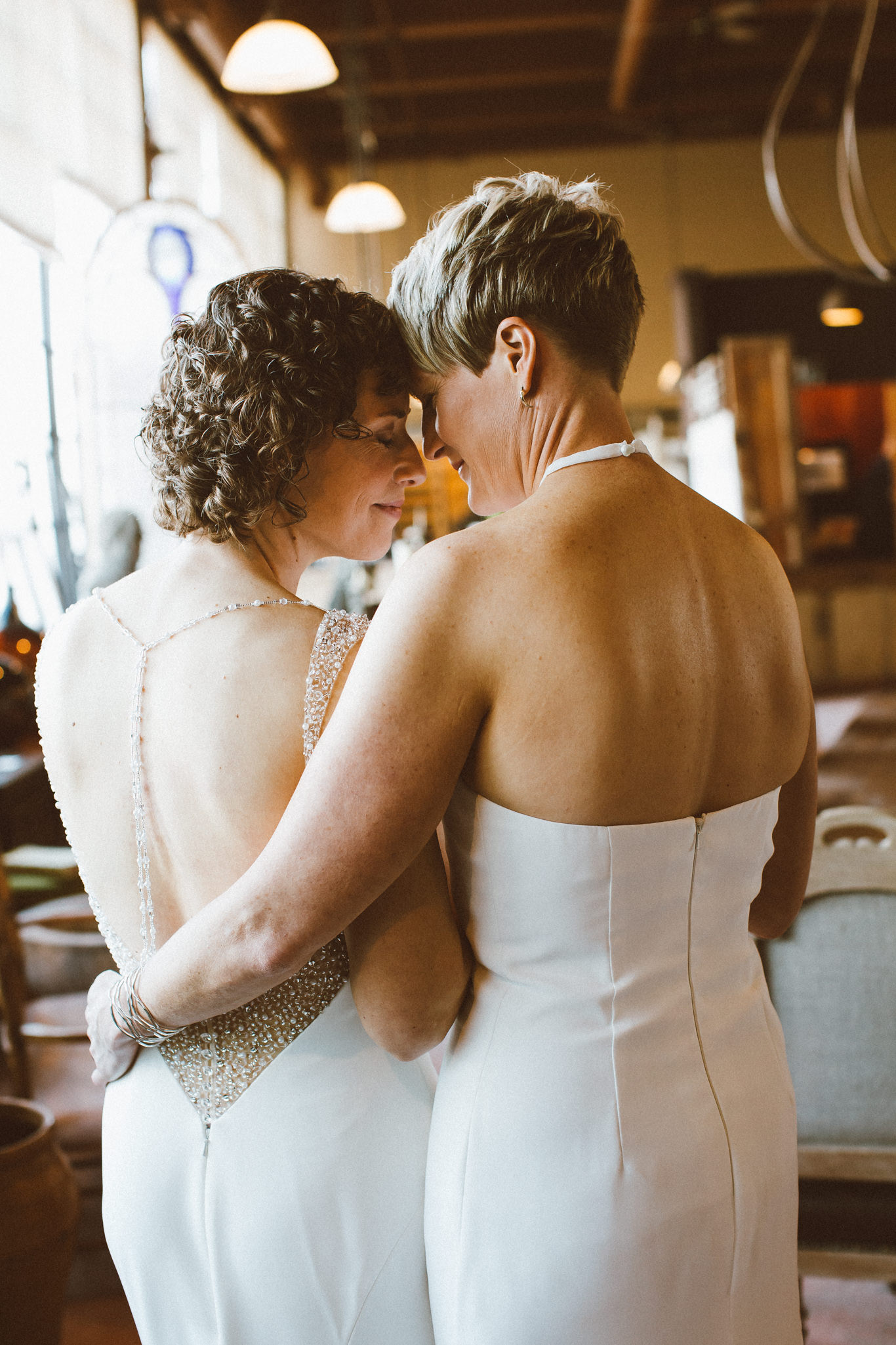 Lindsay-and-Heather-Charbar-Restaurant-Wedding-in-Calgary-23