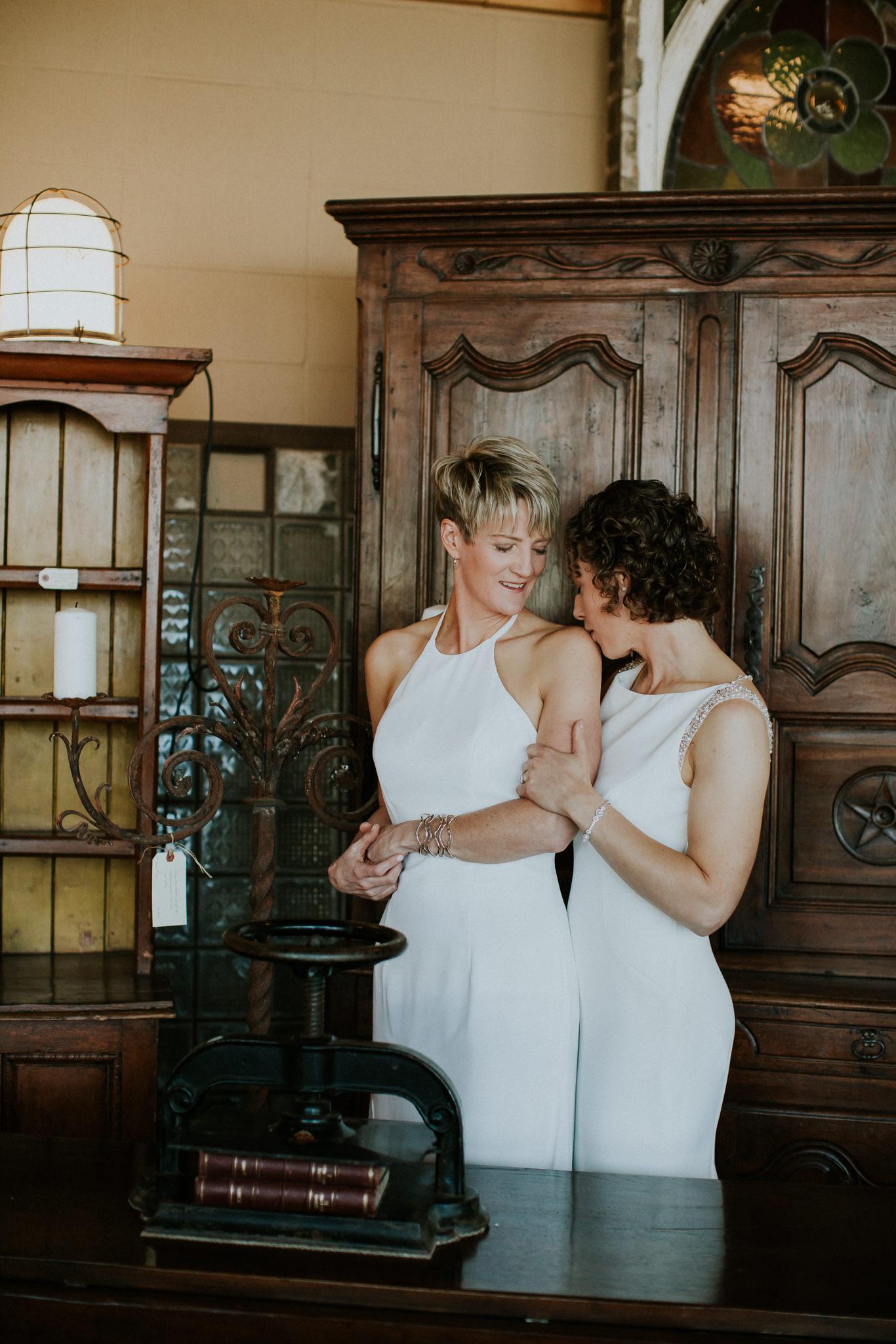 Lindsay-and-Heather-Charbar-Restaurant-Wedding-in-Calgary-29