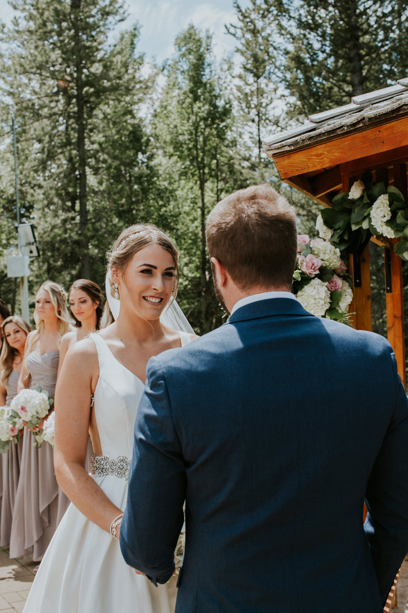 nicole-and-nick-silvertip-resort-golf-course-wedding-canmore-85