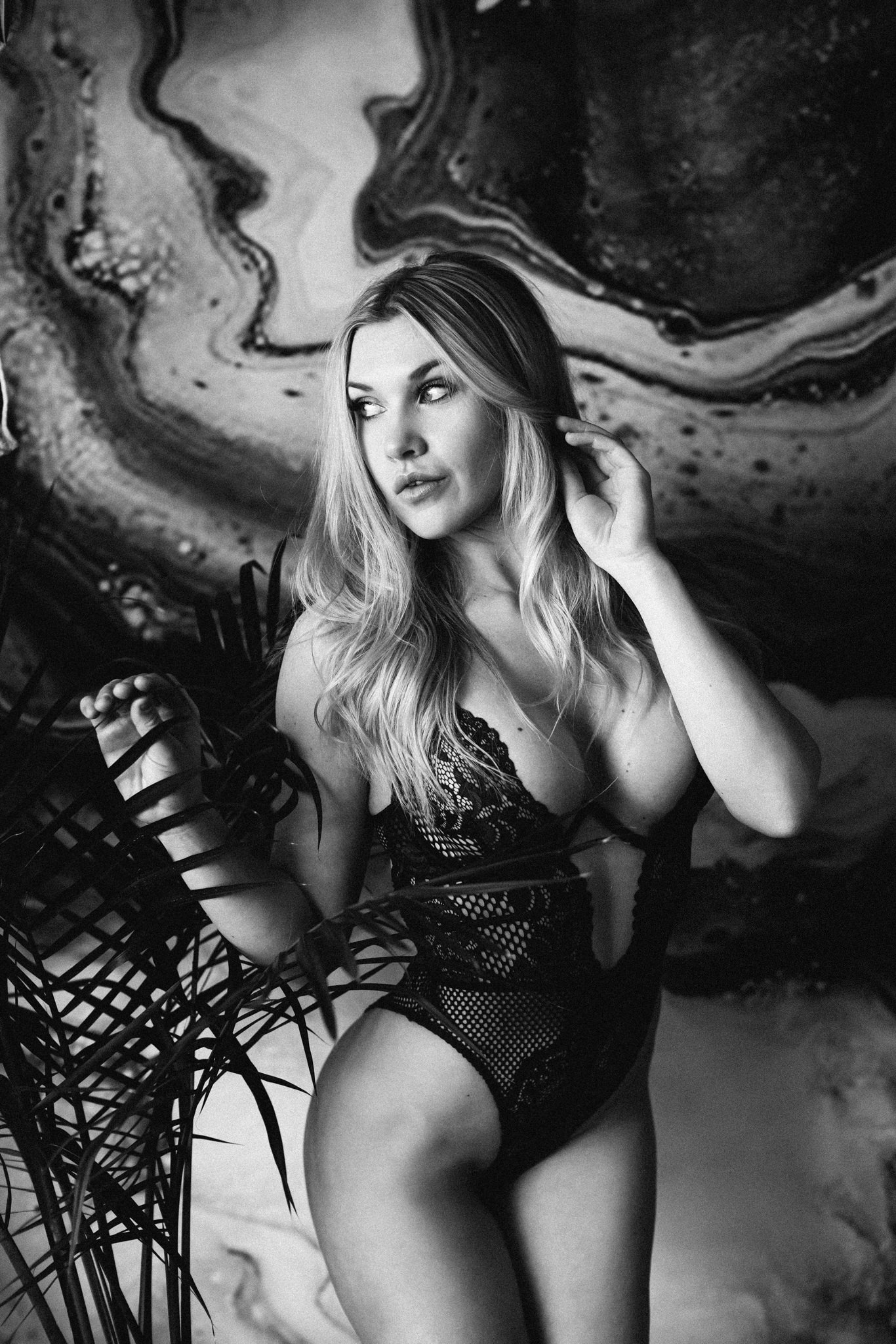 calgary-boudoir-photoshoot-winner-10