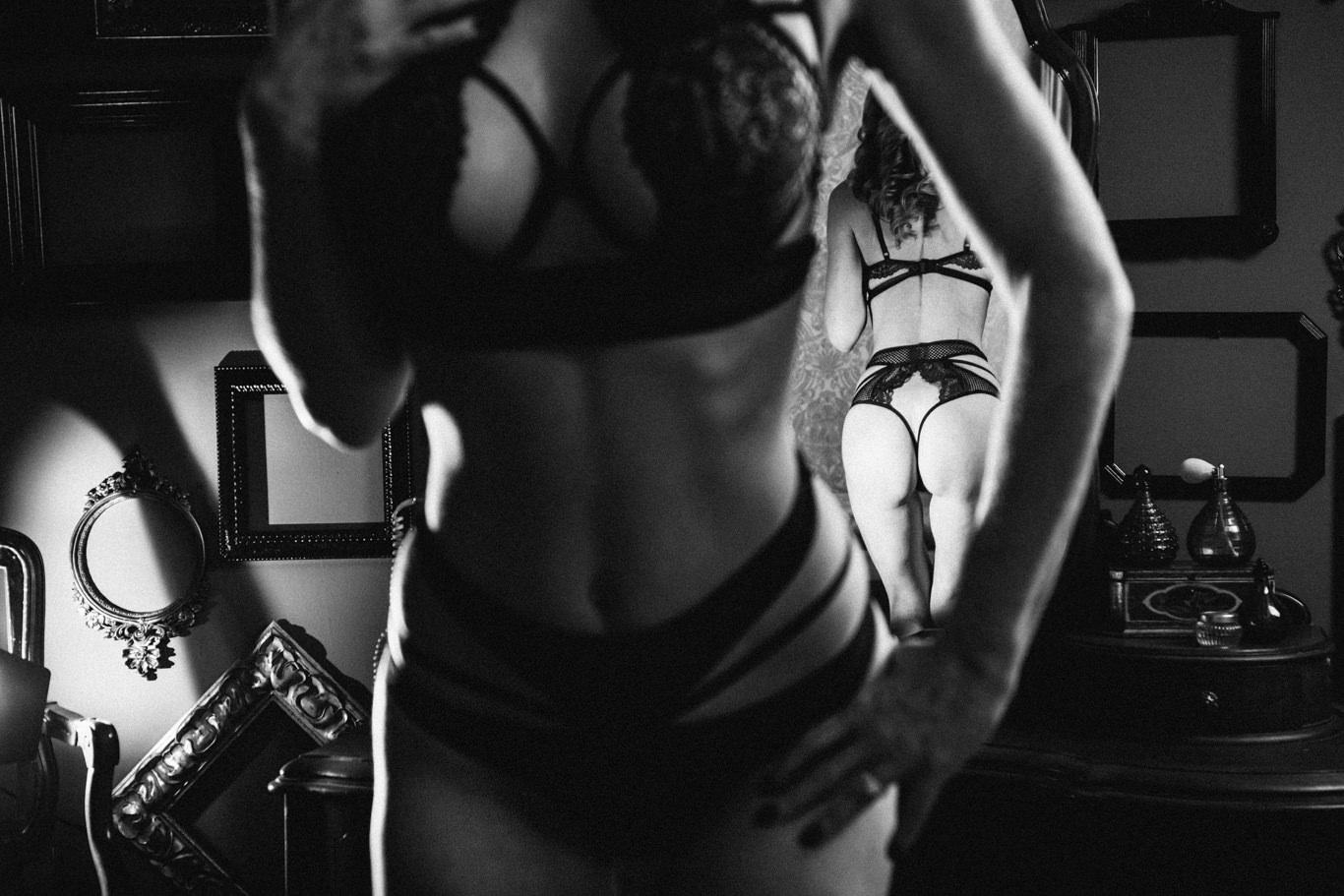 Calgary Boudoir Photography Studio 17