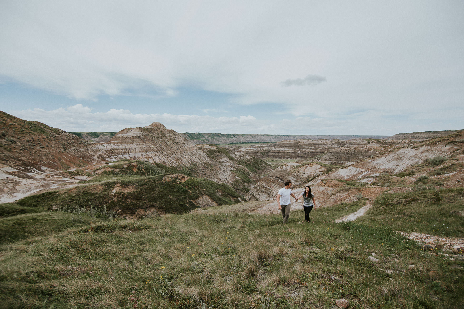 drumheller adventure session with engagement photographer sarah pukin.