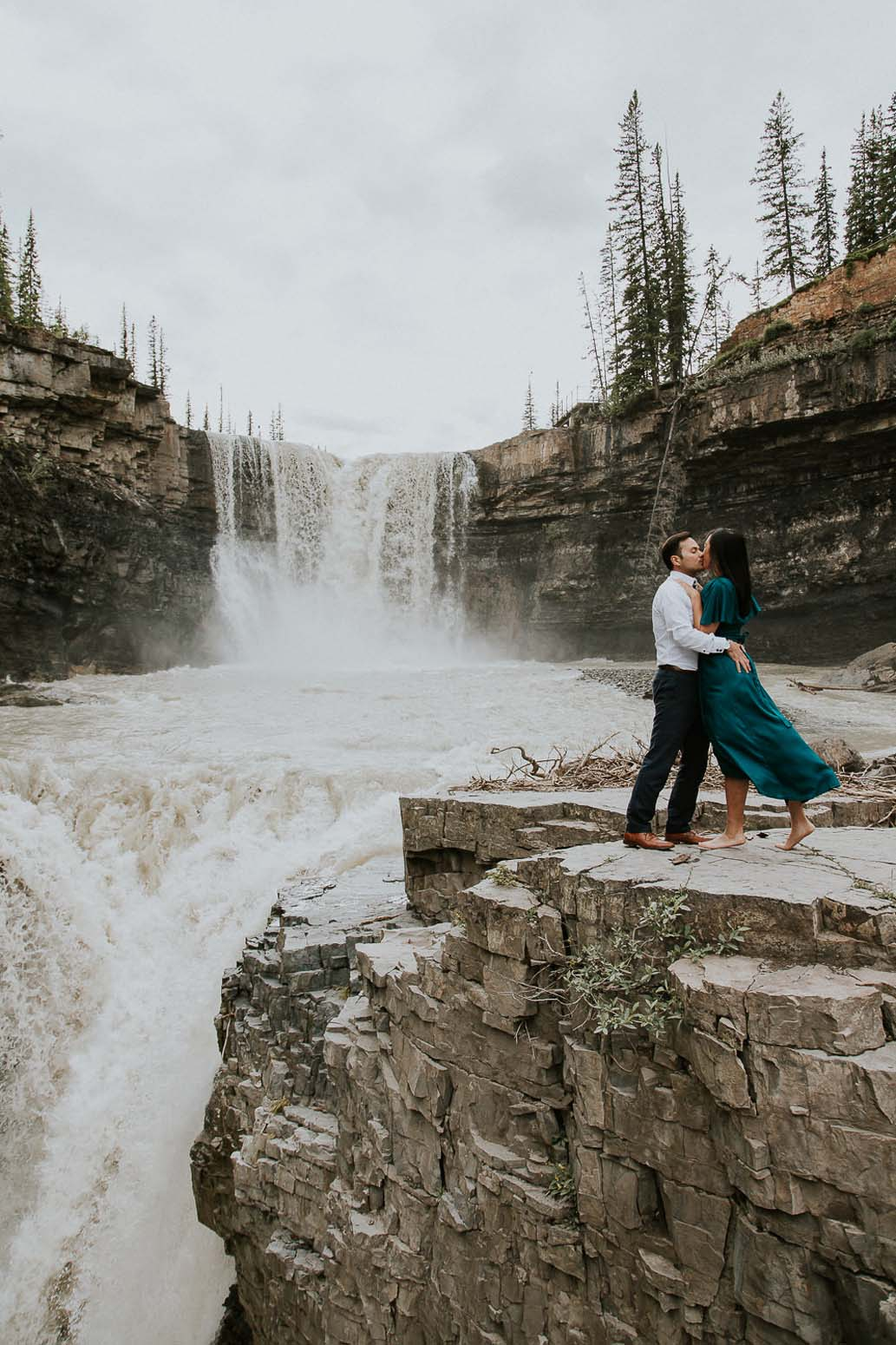 adventure-engagement-photos-calgary-42