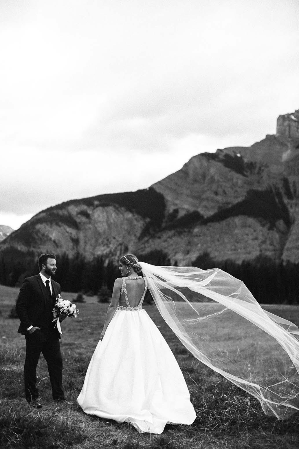 mountain-wedding-photographer-canmore-banff-lake-louise-alberta-111