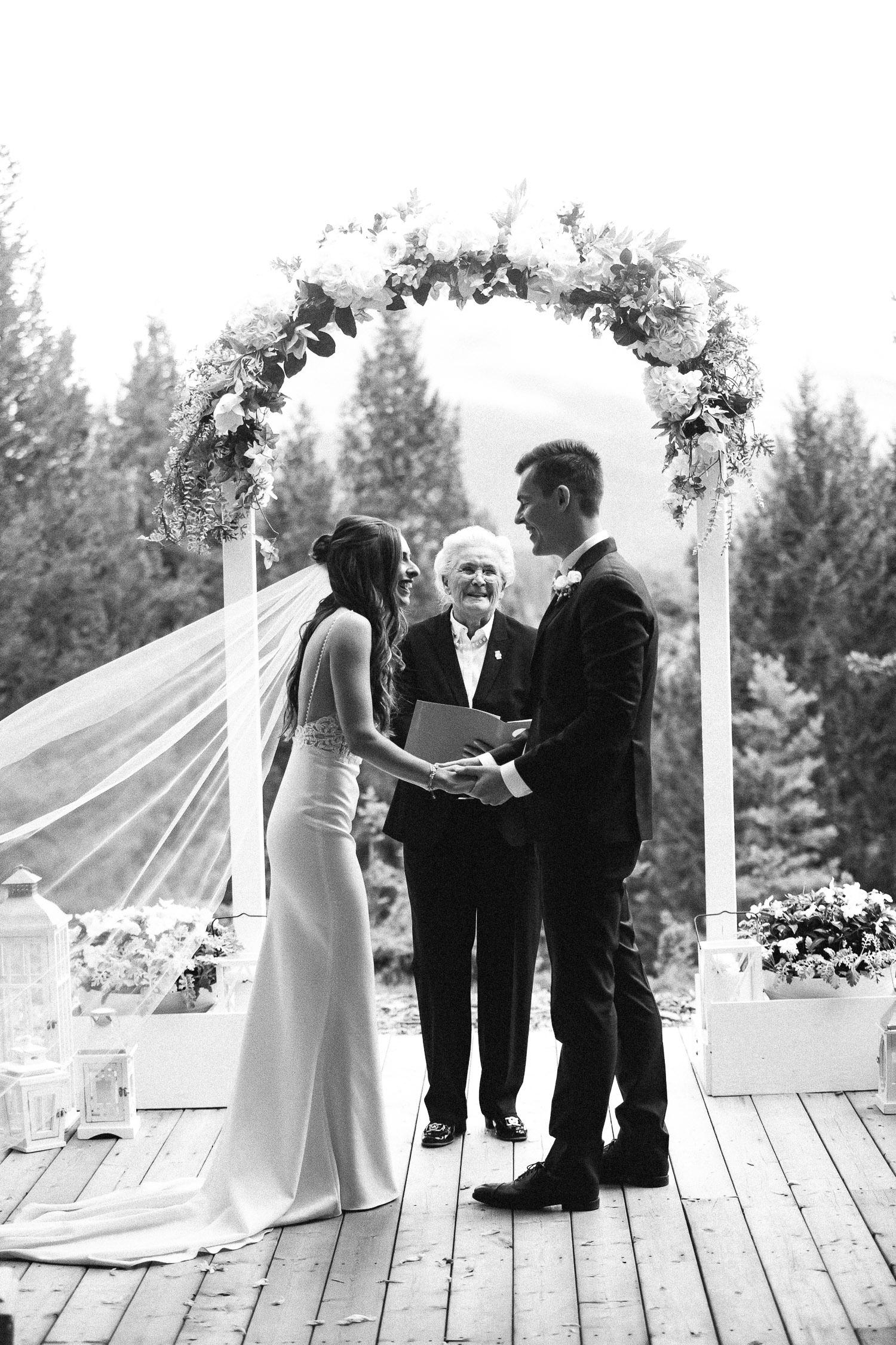 stewart-creek-wedding-sarah-pukin-251
