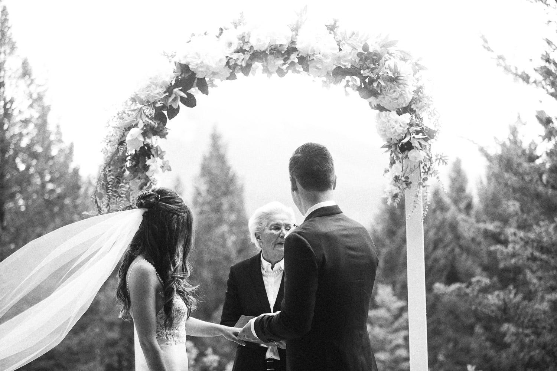 stewart-creek-wedding-sarah-pukin-274