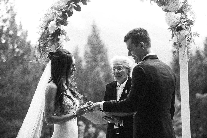 stewart-creek-wedding-sarah-pukin-275