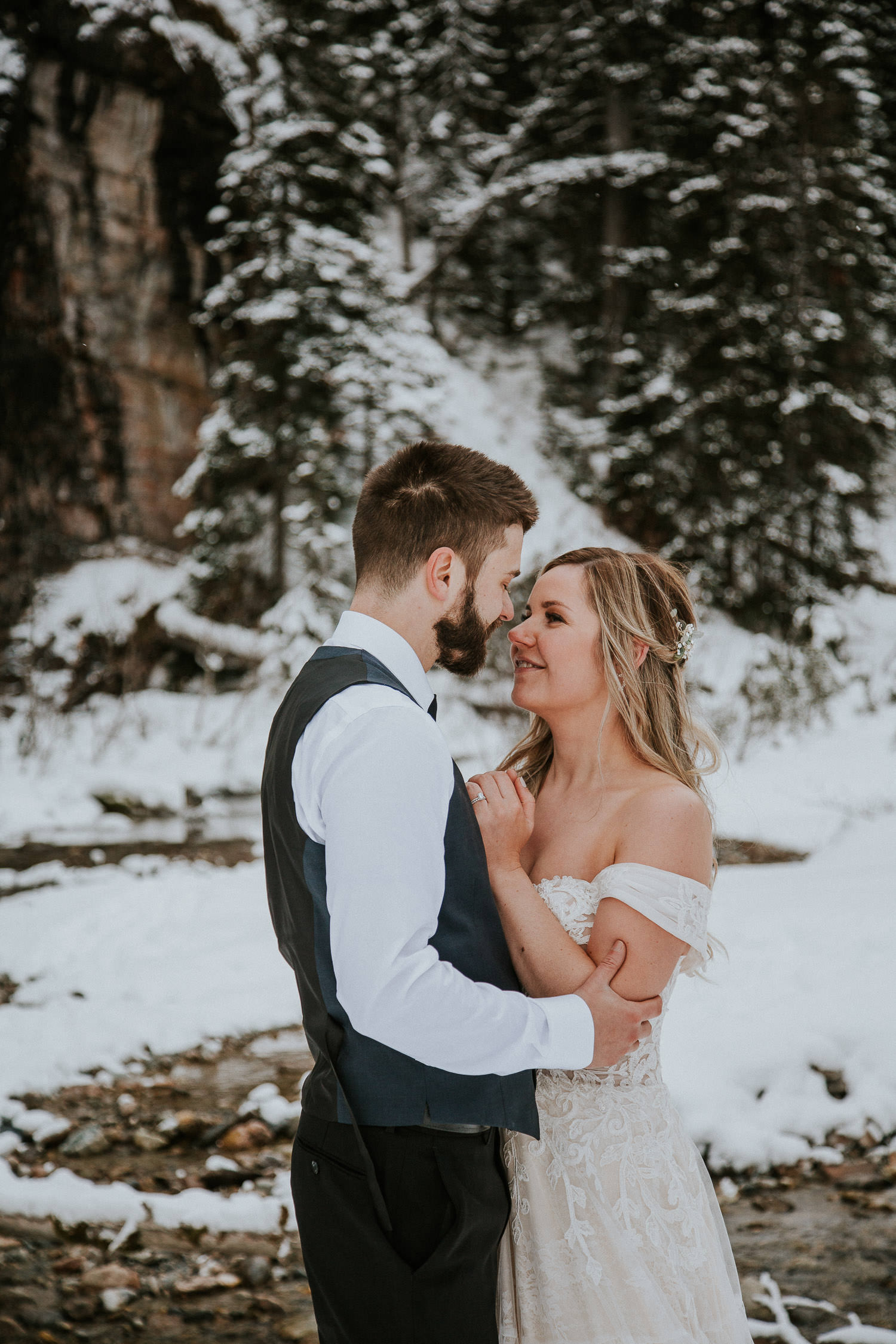 canadian-rocky-mountain-elopement-photographers-sarah-pukin-0017
