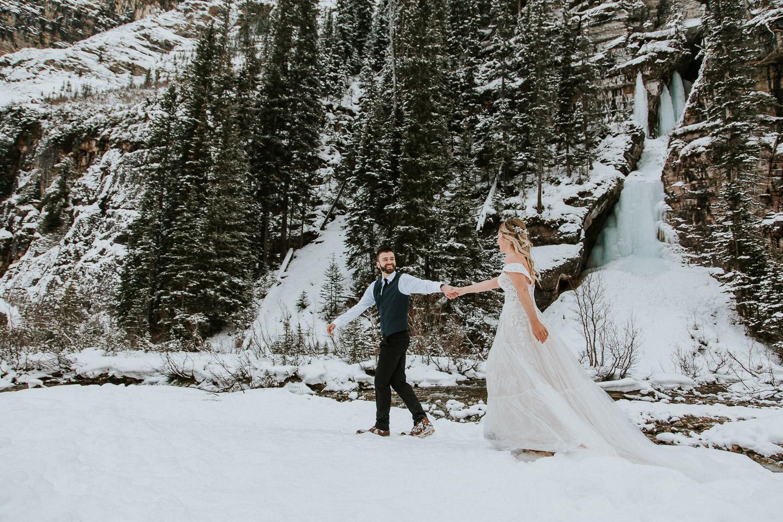 canadian-rocky-mountain-elopement-photographers-sarah-pukin-0028