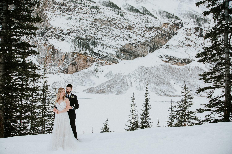 canadian-rocky-mountain-elopement-photographers-sarah-pukin-0033