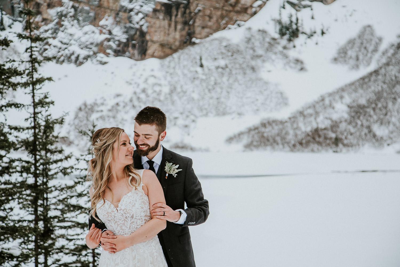 canadian-rocky-mountain-elopement-photographers-sarah-pukin-0036