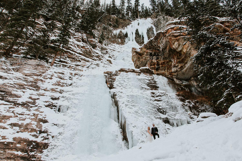 canadian-rocky-mountain-elopement-photographers-sarah-pukin-0041