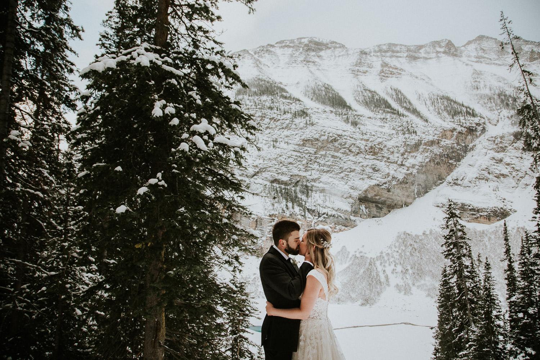 canadian-rocky-mountain-elopement-photographers-sarah-pukin-0057