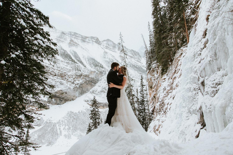 canadian-rocky-mountain-elopement-photographers-sarah-pukin-0060