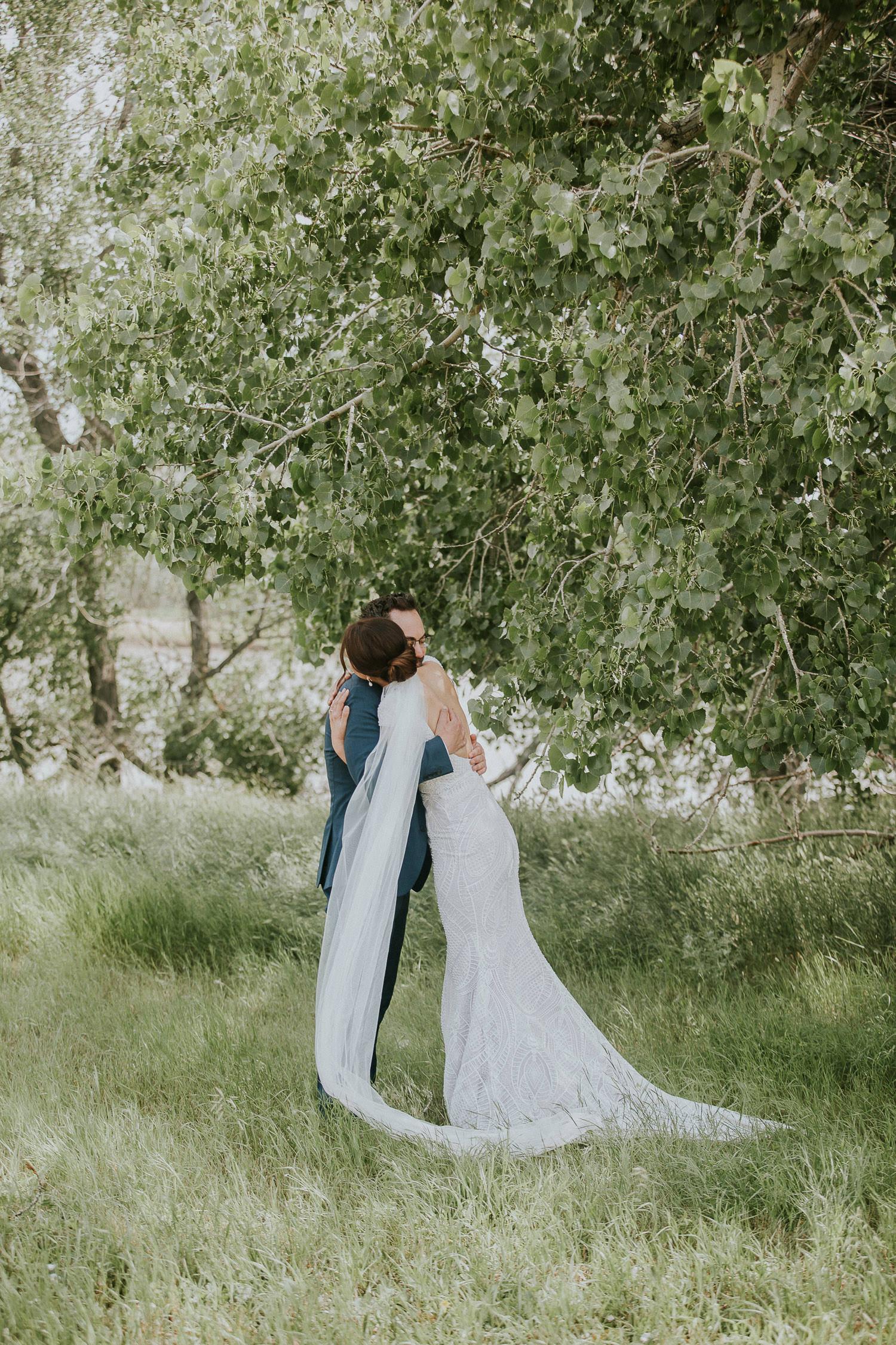 summer-backyard-wedding-in-alberta-sarah-pukin-0044