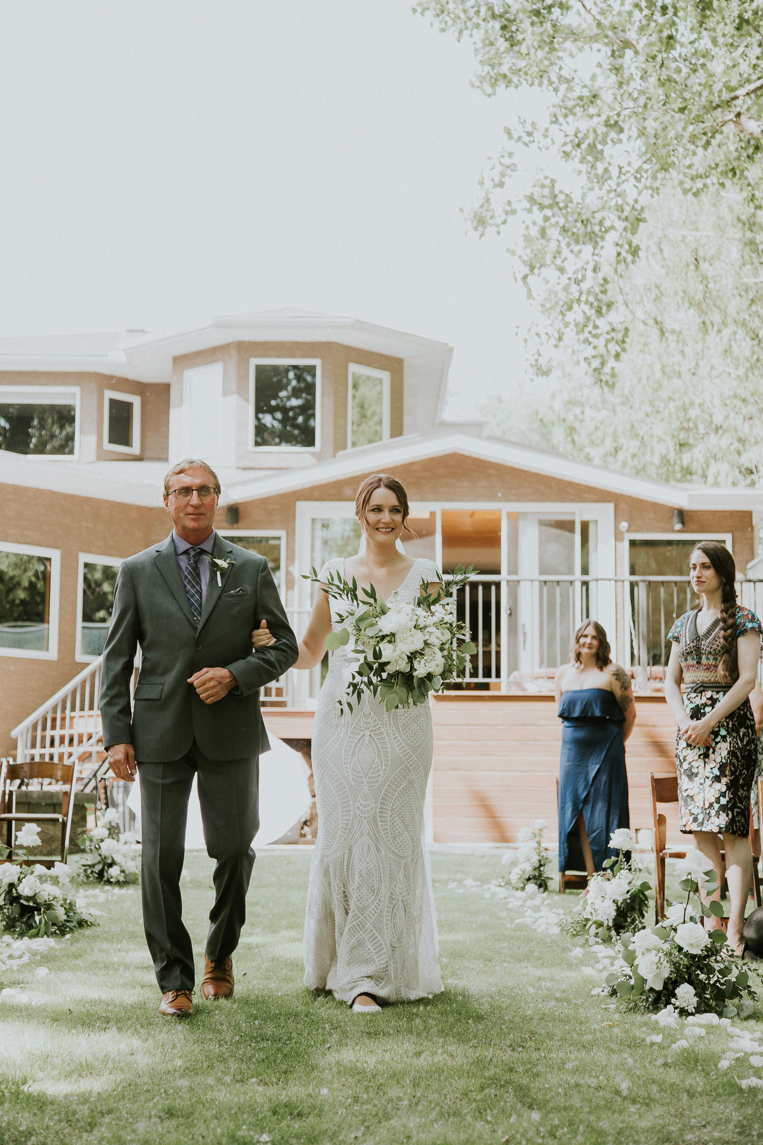 summer-backyard-wedding-in-alberta-sarah-pukin-0083