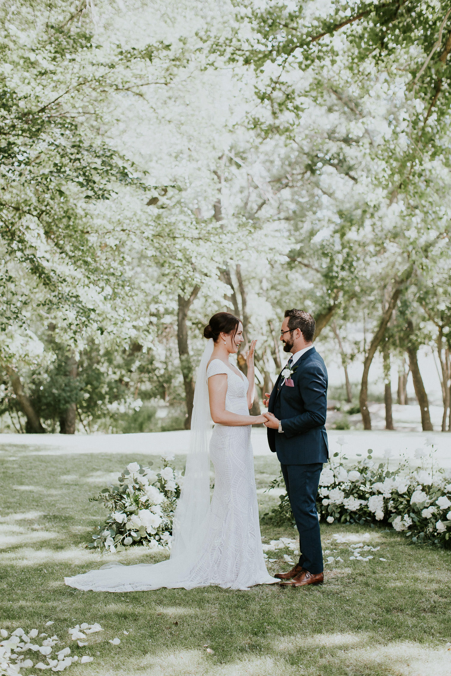 summer-backyard-wedding-in-alberta-sarah-pukin-0115