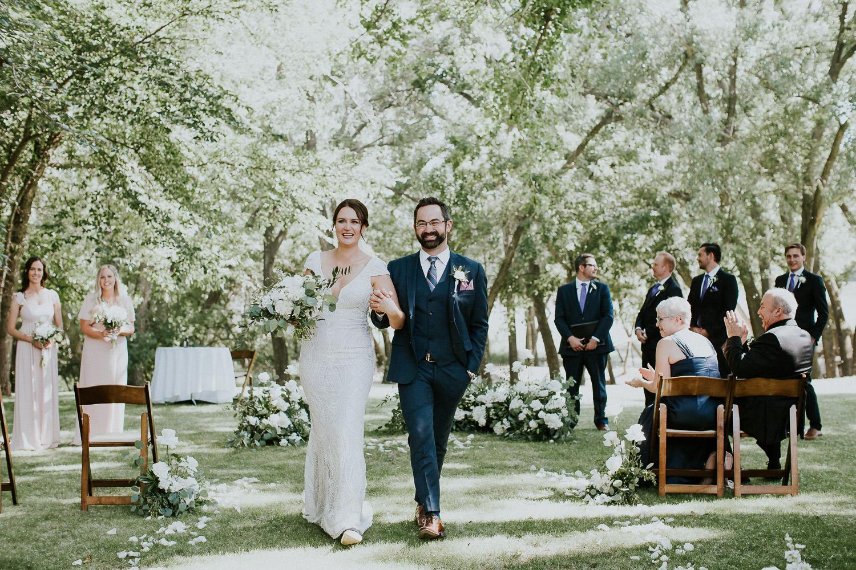 summer-backyard-wedding-in-alberta-sarah-pukin-0119