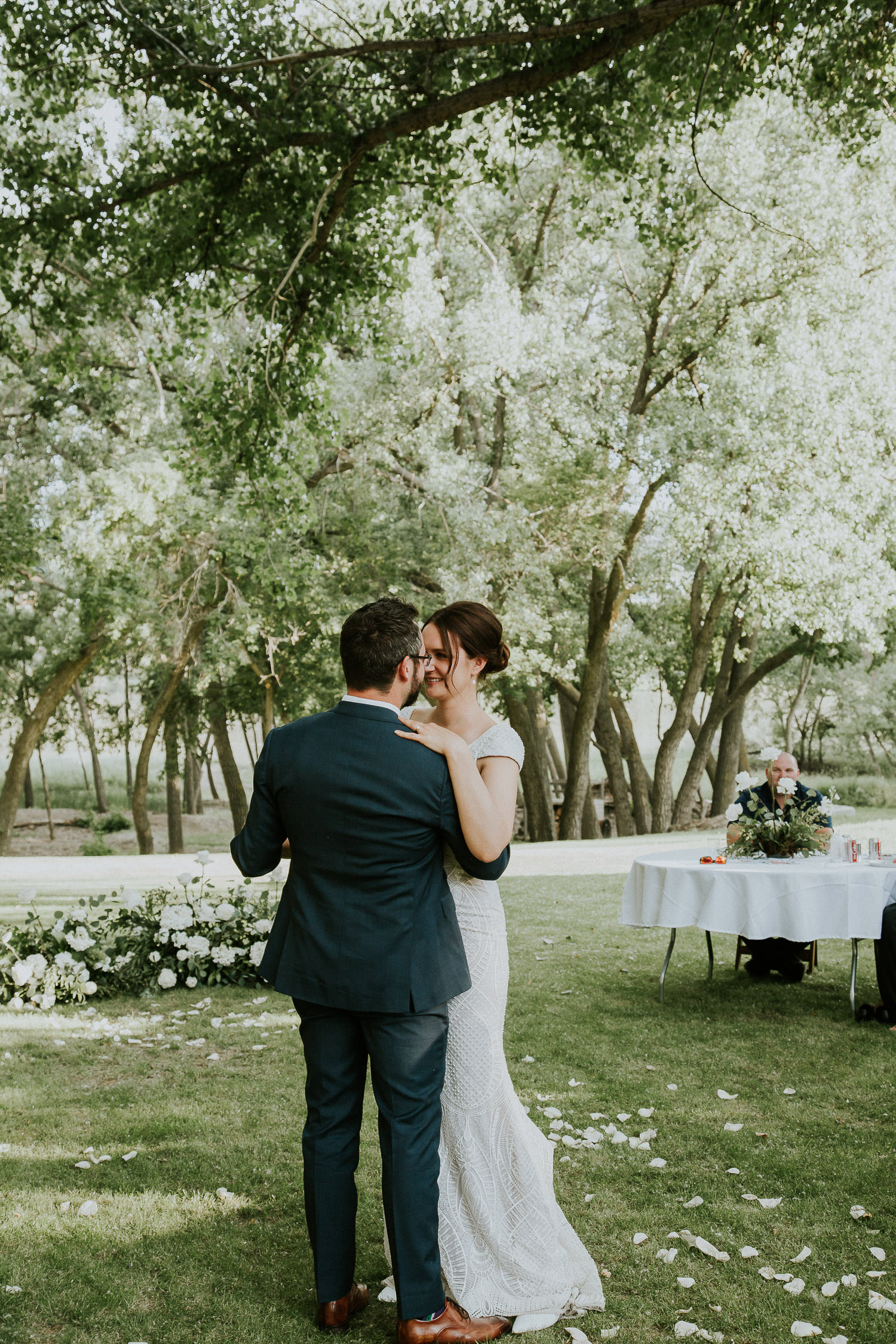 summer-backyard-wedding-in-alberta-sarah-pukin-0178