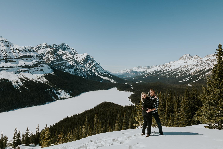banff-national-park-engagement-photographer-sarah-pukin-0002
