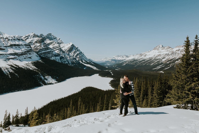 banff-national-park-engagement-photographer-sarah-pukin-0003