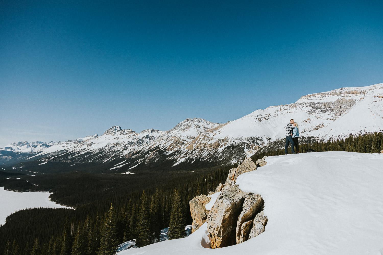 banff-national-park-engagement-photographer-sarah-pukin-0013