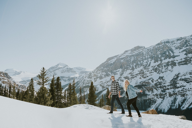 banff-national-park-engagement-photographer-sarah-pukin-0018