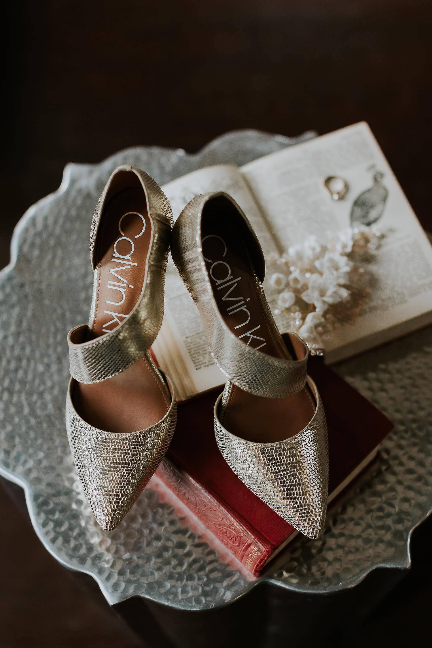 intimate-wedding-at-banff-springs-hotel-sarah-pukin-0006