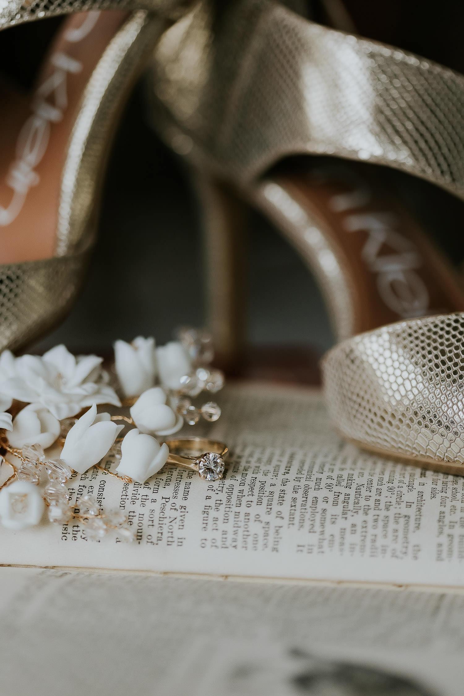 intimate-wedding-at-banff-springs-hotel-sarah-pukin-0008