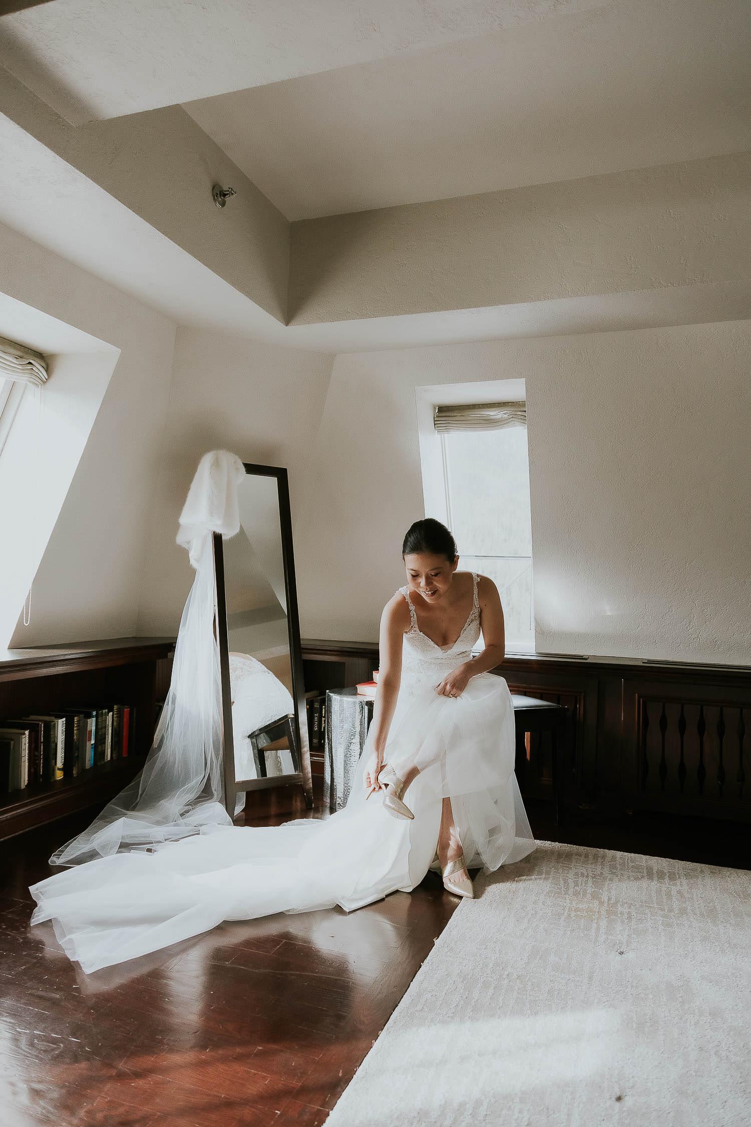 intimate-wedding-at-banff-springs-hotel-sarah-pukin-0040