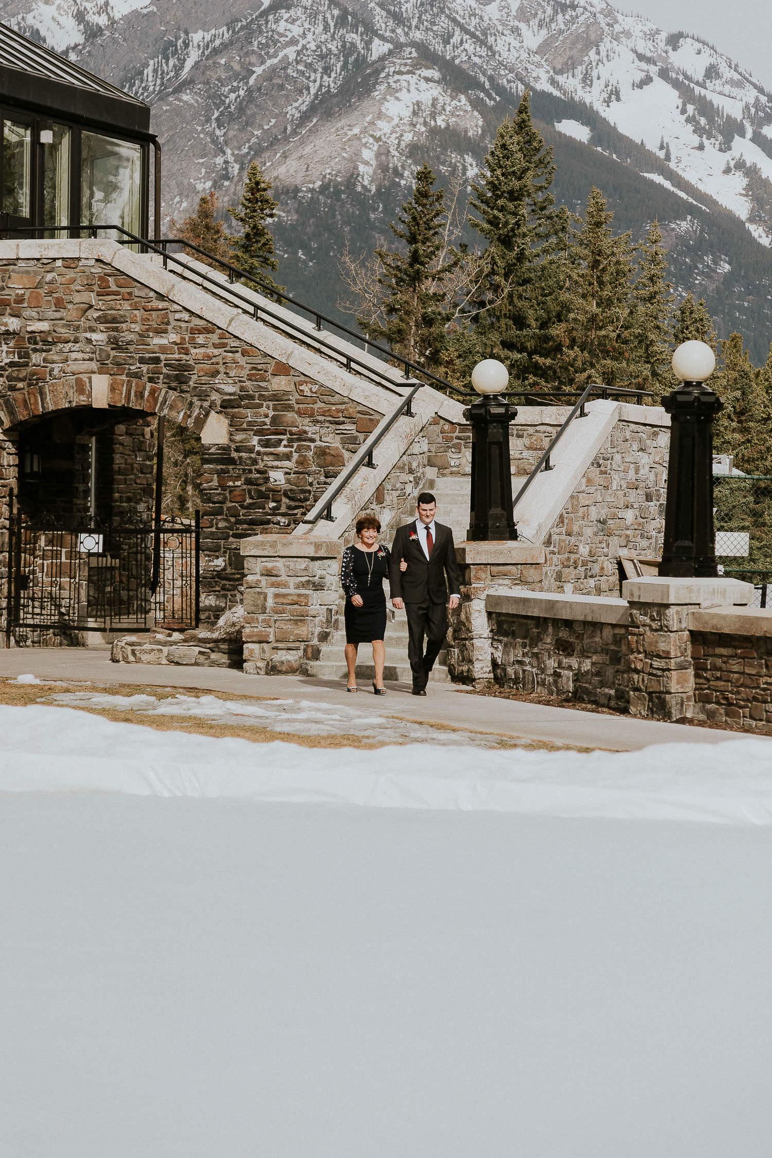 intimate-wedding-at-banff-springs-hotel-sarah-pukin-0049