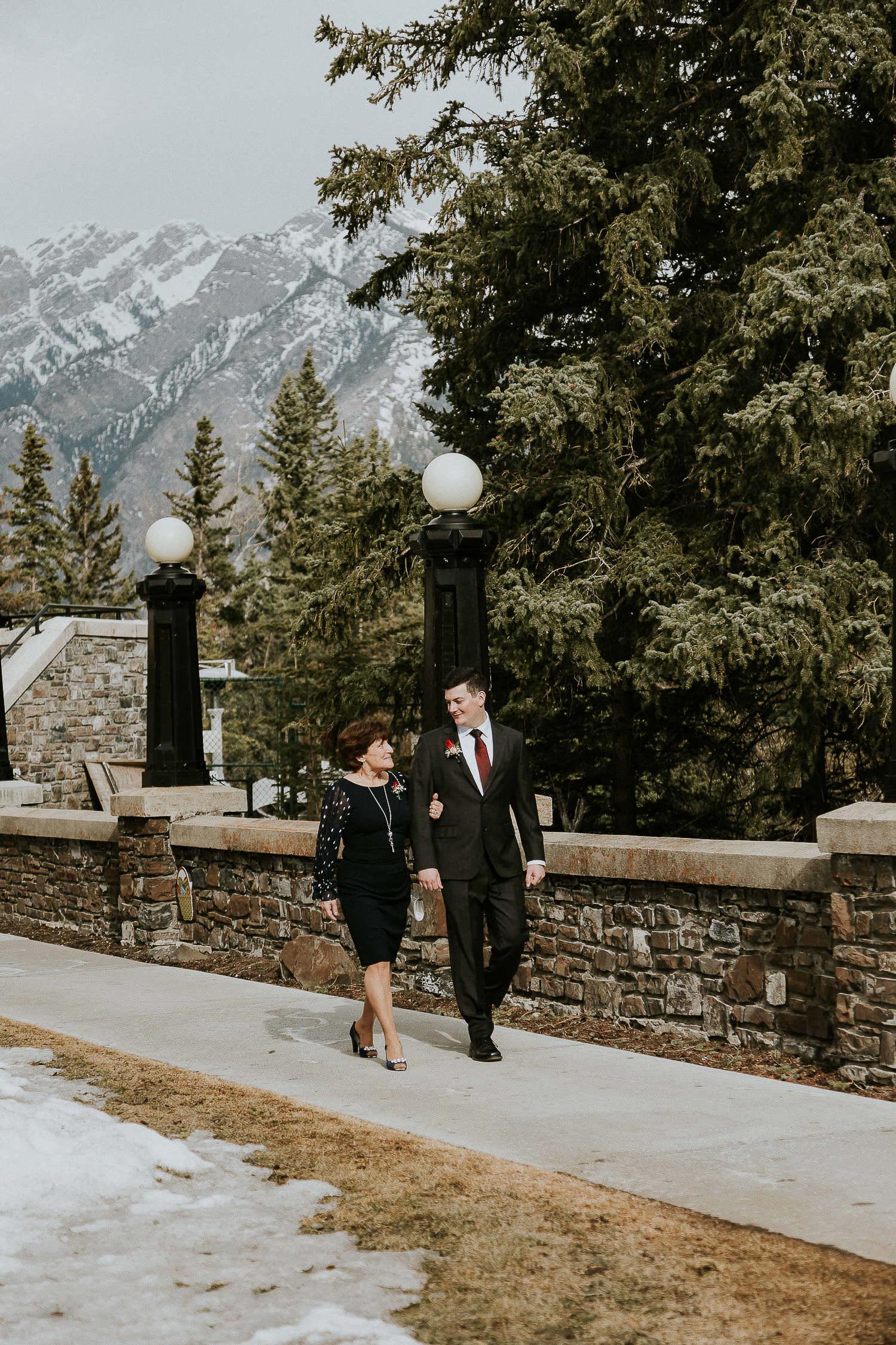 intimate-wedding-at-banff-springs-hotel-sarah-pukin-0050