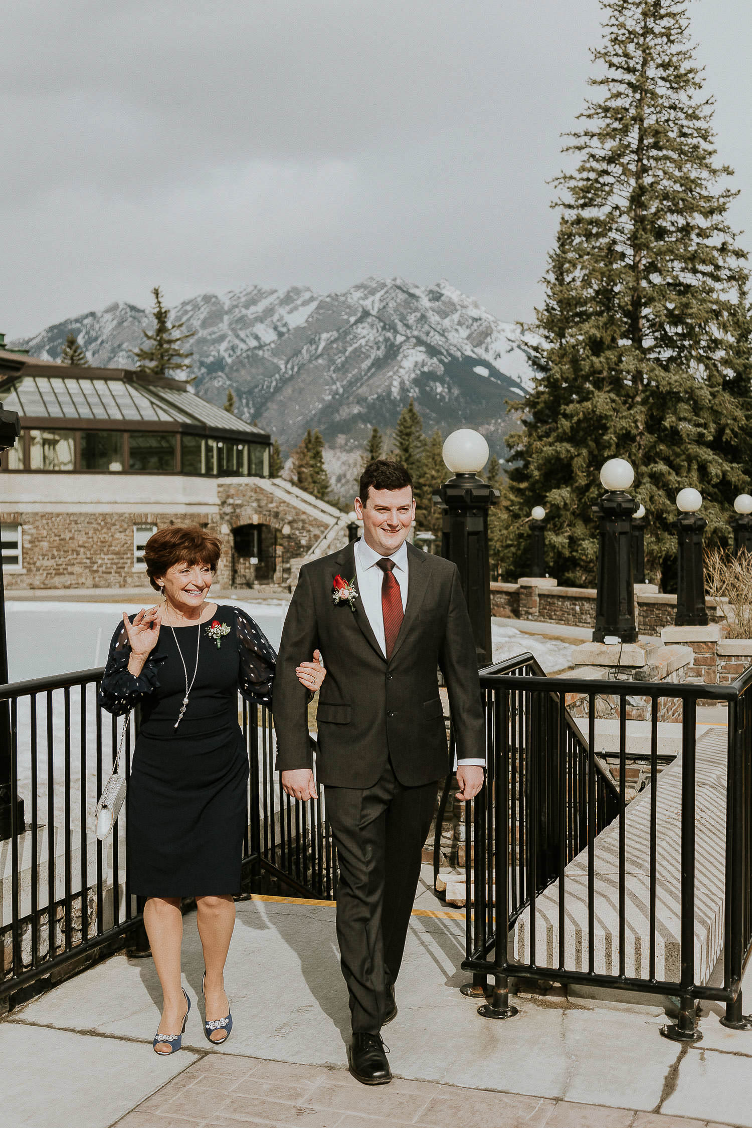 intimate-wedding-at-banff-springs-hotel-sarah-pukin-0053