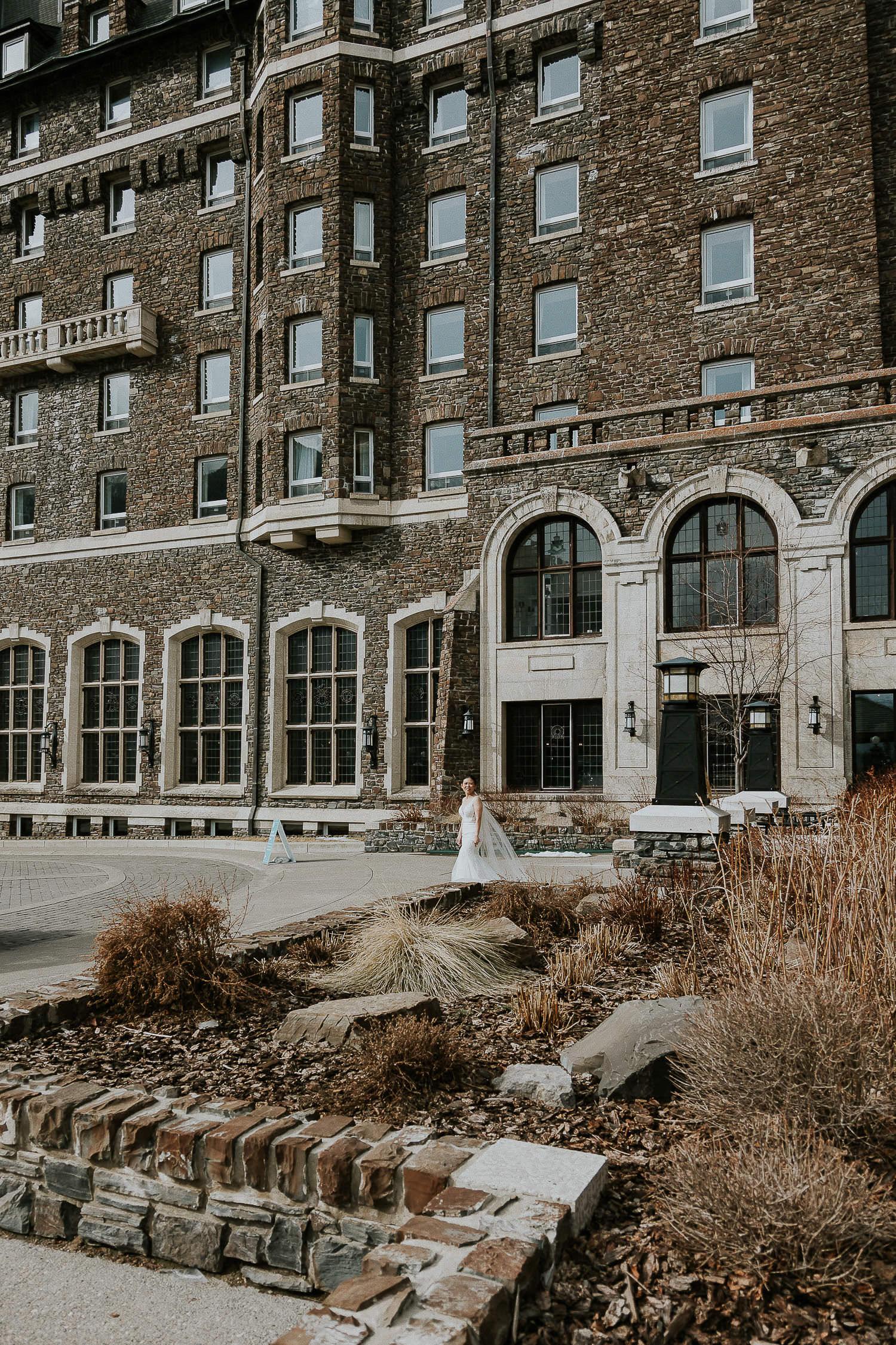 intimate-wedding-at-banff-springs-hotel-sarah-pukin-0056