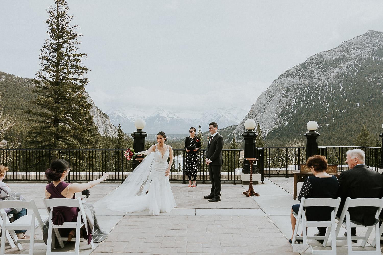 intimate-wedding-at-banff-springs-hotel-sarah-pukin-0068