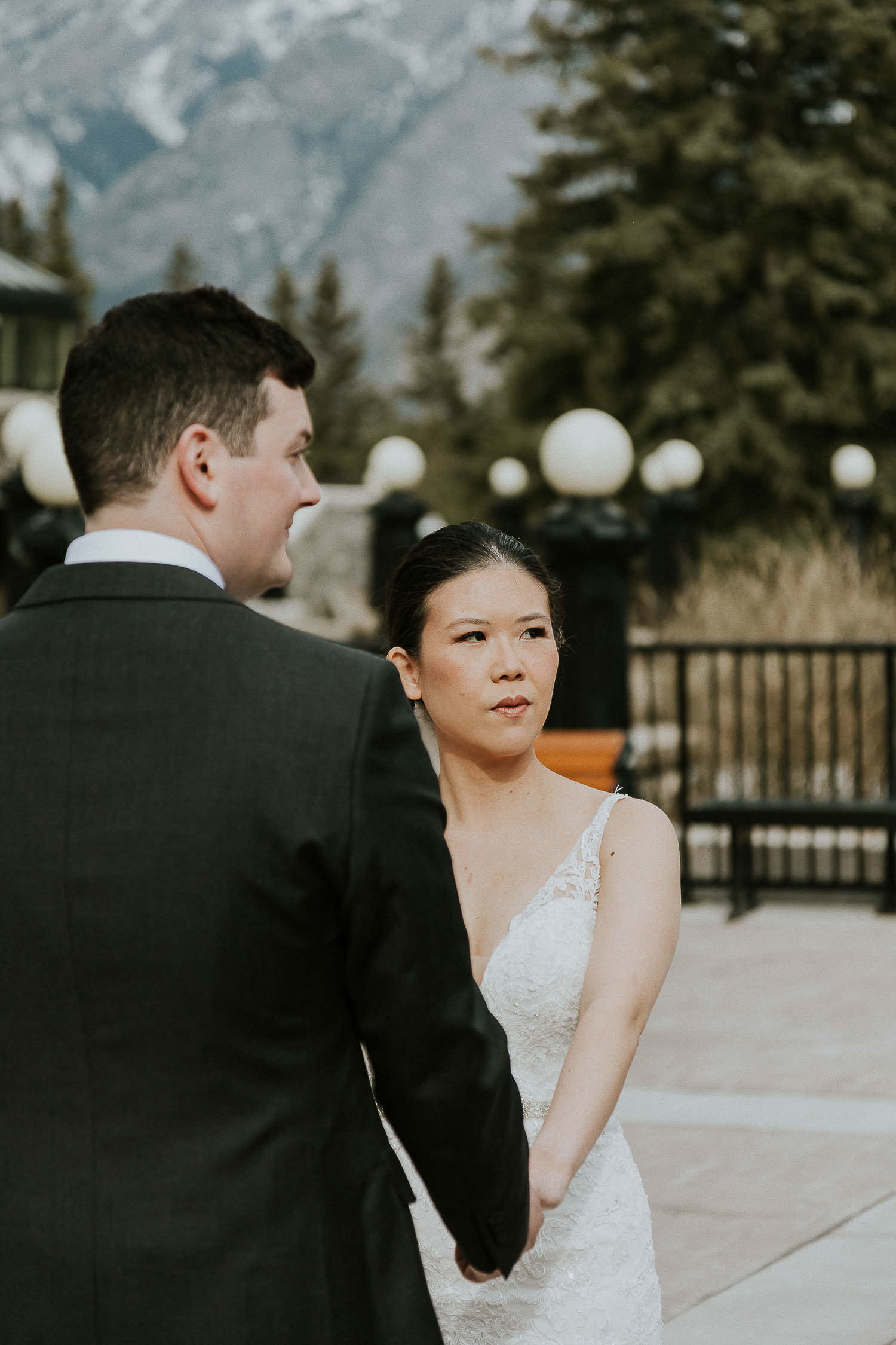 intimate-wedding-at-banff-springs-hotel-sarah-pukin-0072
