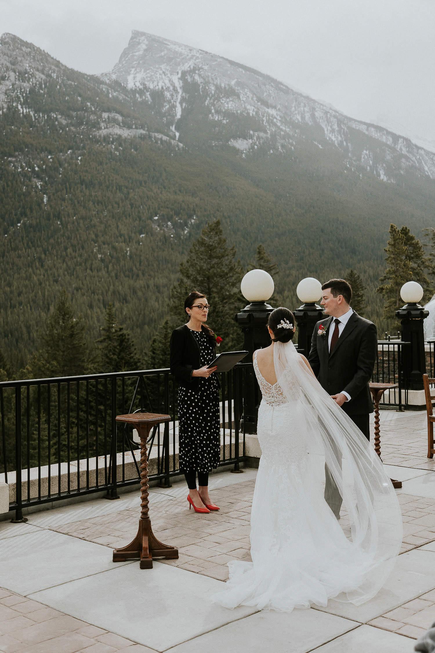 intimate-wedding-at-banff-springs-hotel-sarah-pukin-0074