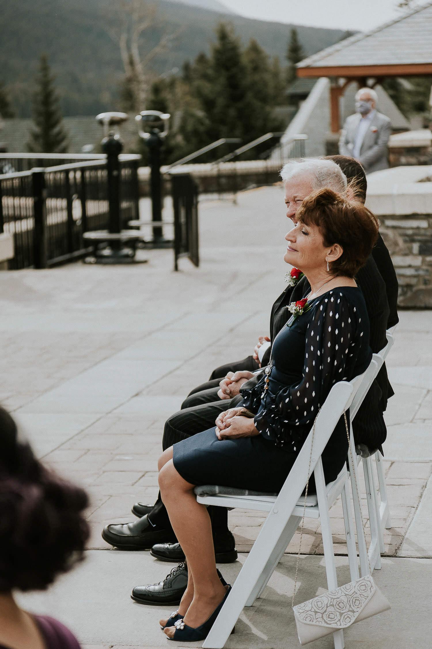 intimate-wedding-at-banff-springs-hotel-sarah-pukin-0079