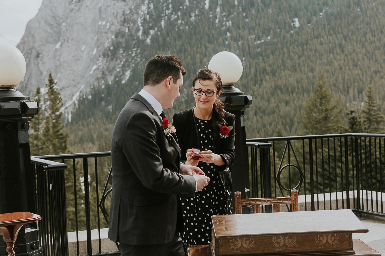 intimate-wedding-at-banff-springs-hotel-sarah-pukin-0086