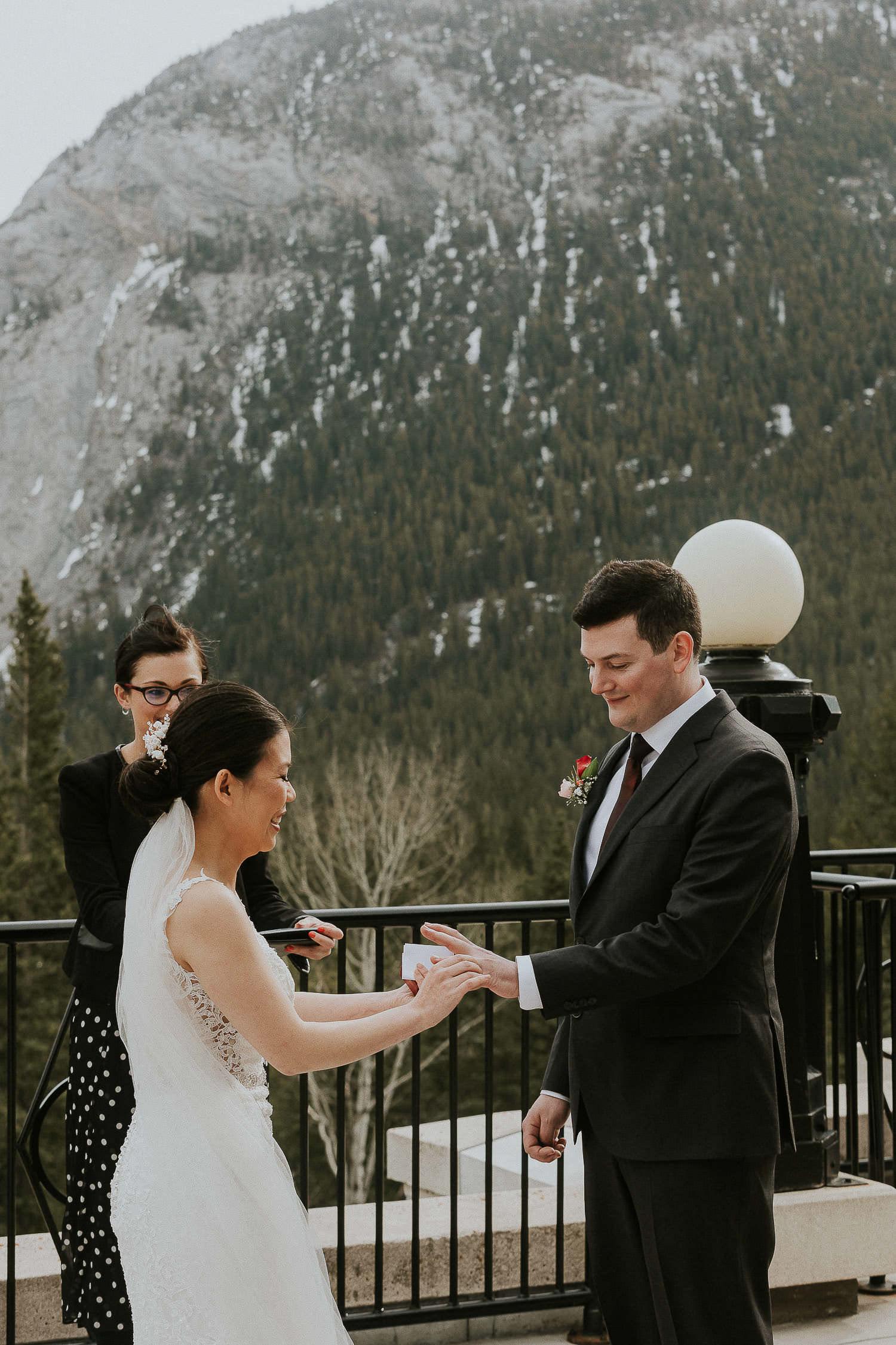 intimate-wedding-at-banff-springs-hotel-sarah-pukin-0089