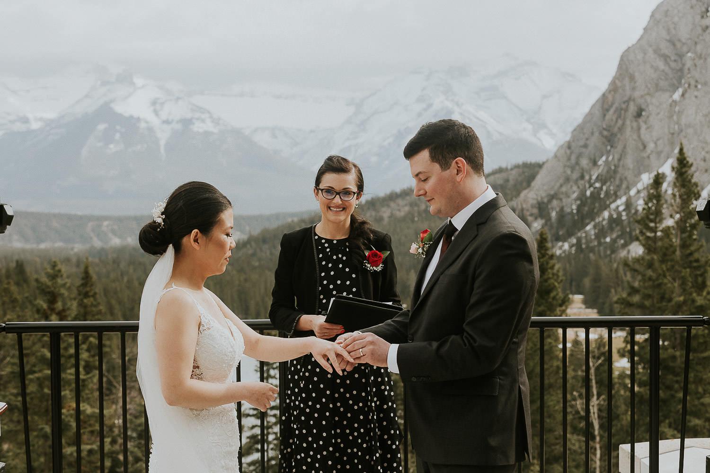 intimate-wedding-at-banff-springs-hotel-sarah-pukin-0094