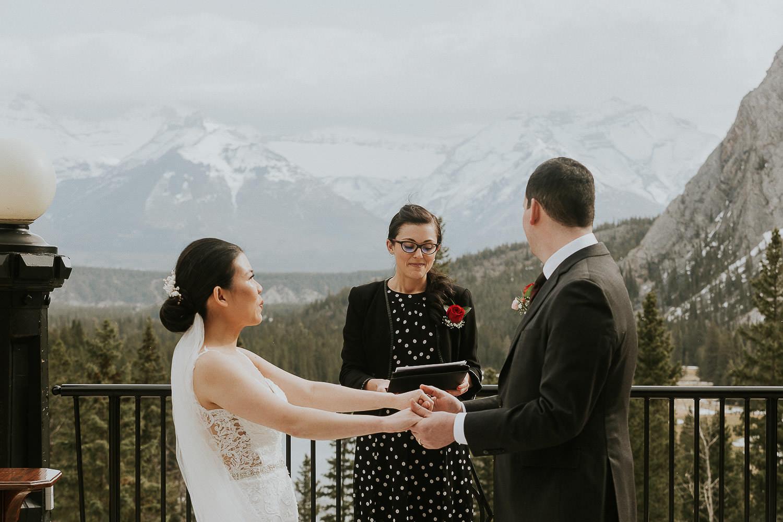 intimate-wedding-at-banff-springs-hotel-sarah-pukin-0096