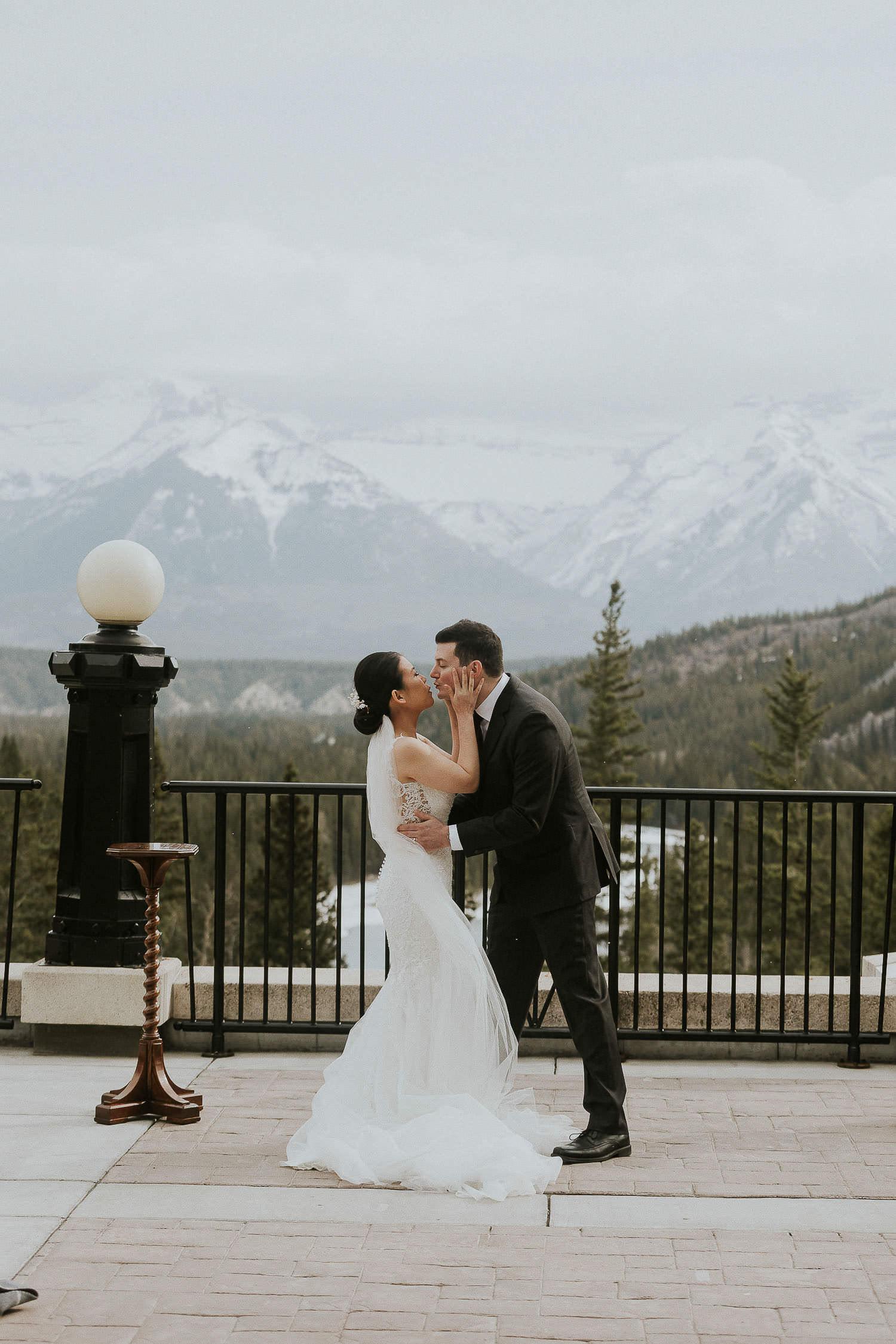 intimate-wedding-at-banff-springs-hotel-sarah-pukin-0098