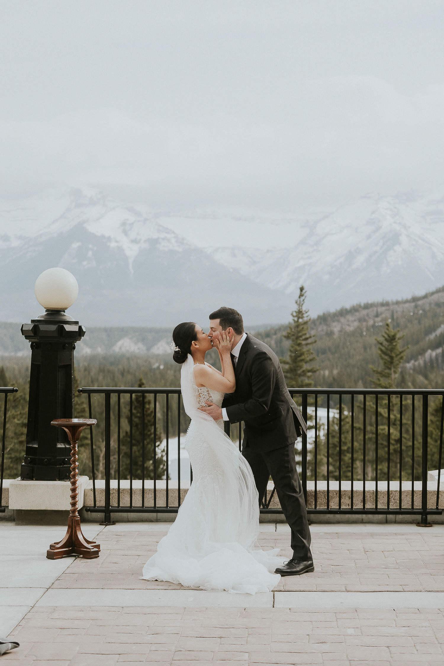 intimate-wedding-at-banff-springs-hotel-sarah-pukin-0099