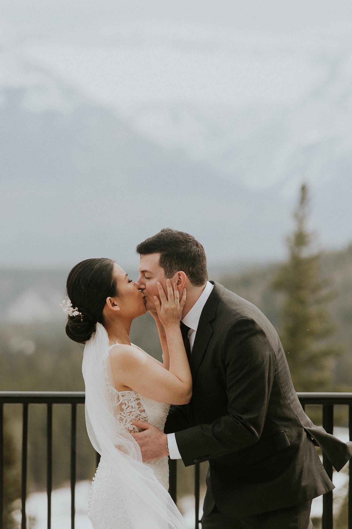 intimate-wedding-at-banff-springs-hotel-sarah-pukin-0100