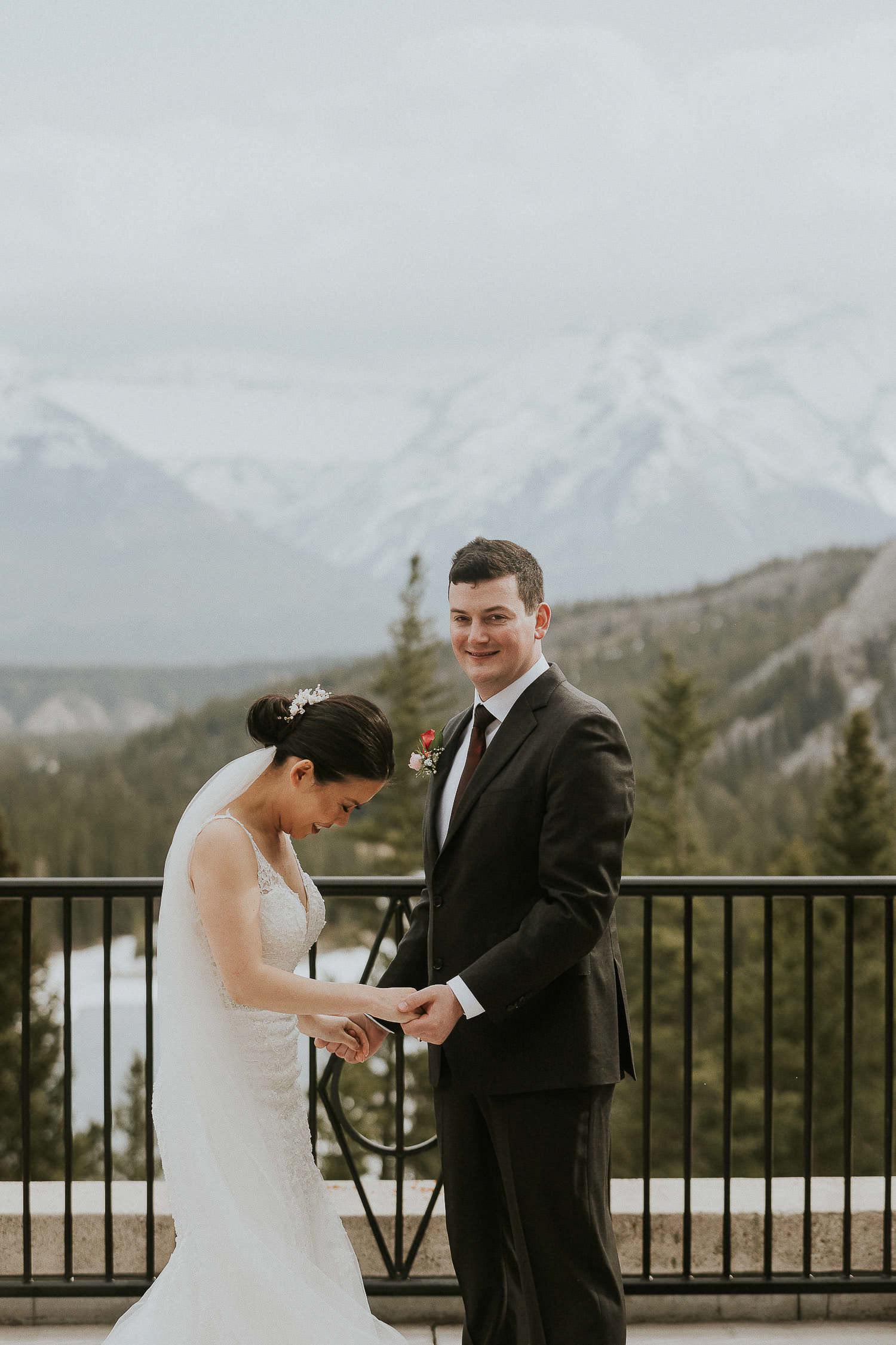 intimate-wedding-at-banff-springs-hotel-sarah-pukin-0102