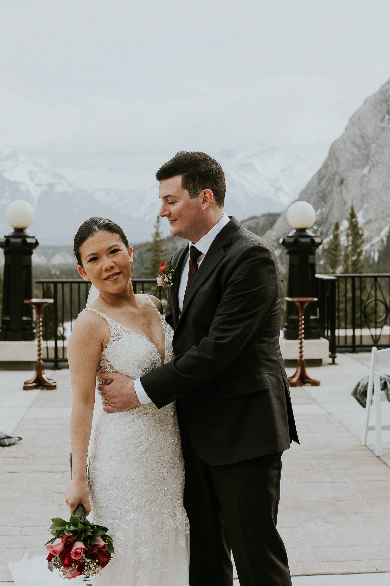 intimate-wedding-at-banff-springs-hotel-sarah-pukin-0117