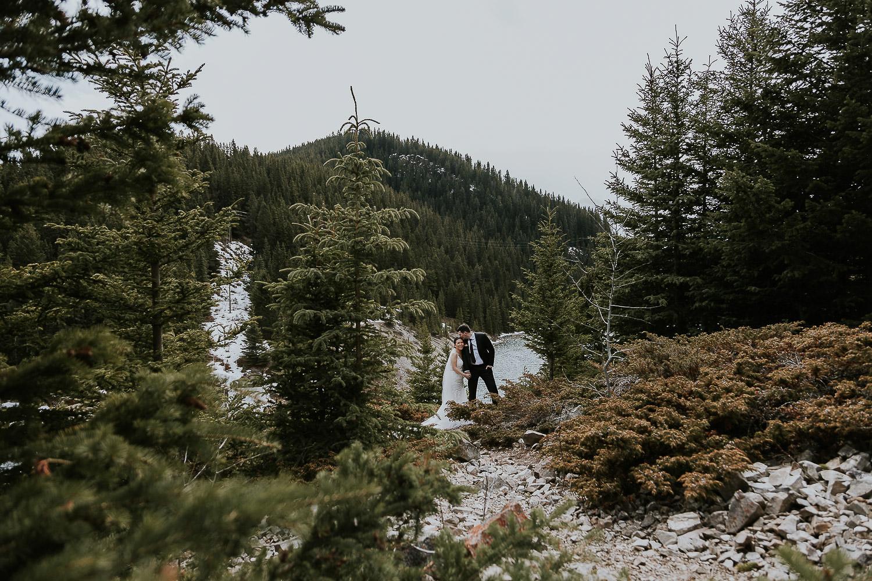 intimate-wedding-at-banff-springs-hotel-sarah-pukin-0135